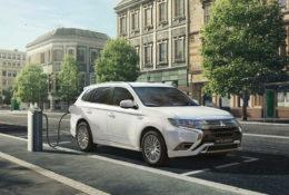 #ArrancamosDeNuevo: hazte con el Mitsubishi Outlander PHEV